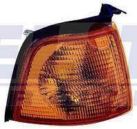 Указатель поворота правый Audi 90 Ауди 90