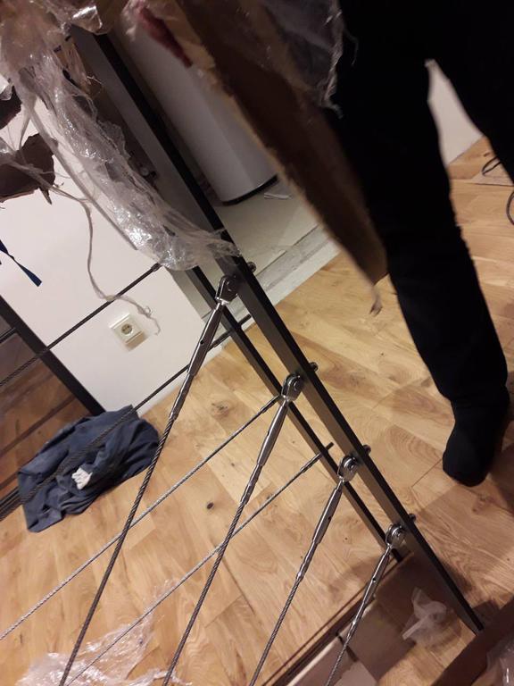 монтаж тросового ограждения лестничного пролета в частном доме, Харьков, декабрь 2017 -1