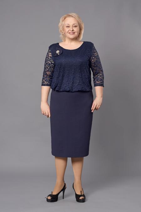 Красивое женское платье большого размера