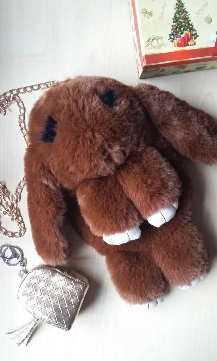 Сумочка-рюкзак кролик из натурального меха темно-коричневый