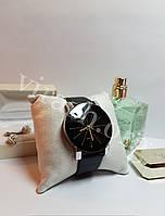 Женские наручные часы QUARTZ
