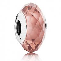 Подвеска-шарм Розовый ограненный кристалл