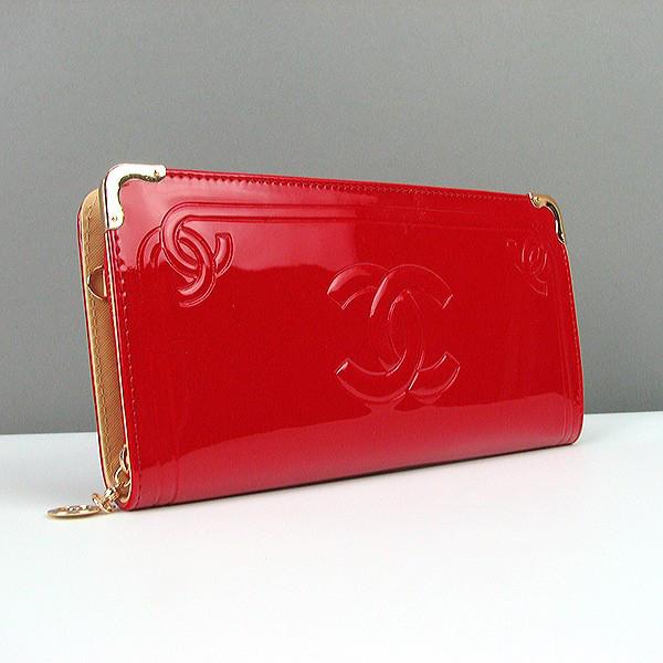 777bc1fb488d Красный женский клатч-кошелек лаковый - Интернет магазин сумок SUMKOFF -  женские и мужские сумки