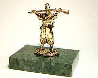 Козак с мушкетом оригинальная бронзовая статуэтка