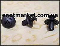 Нажимное крепление с резьбовым штырьком универсальное много моделей Mitsubishi, Toyota. ОЕМ: MB253964