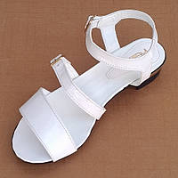 7069.1| (36; 38) Женские босоножки на низком каблуке