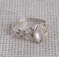 Серебряное кольцо с розовым кварцем 18 размера. Кольца