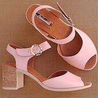 Женские босоножки на каблуке  Мод (7050.1) раз: 39
