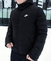 Мужская зимняя куртка Nike с капюшоном черная