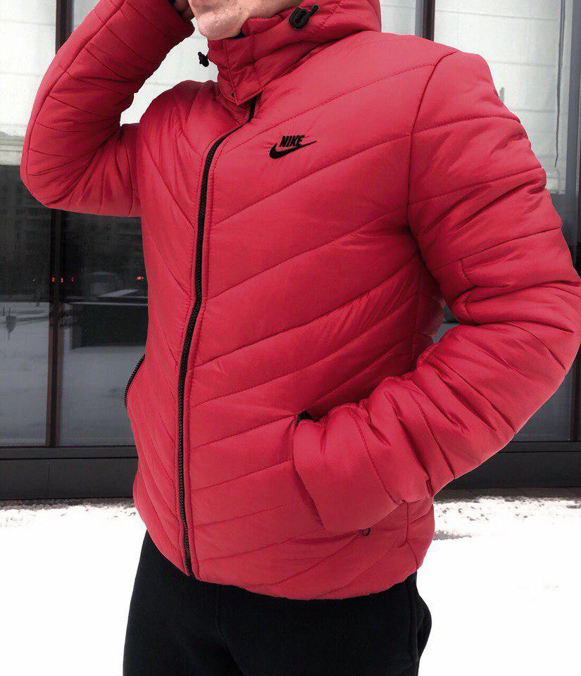 Мужская зимняя куртка Nike с капюшоном красная топ реплика