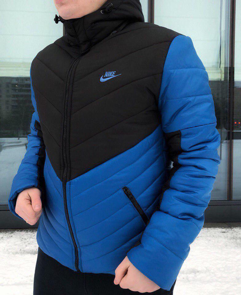 Мужская зимняя куртка Nike с капюшоном черно-синяя топ реплика