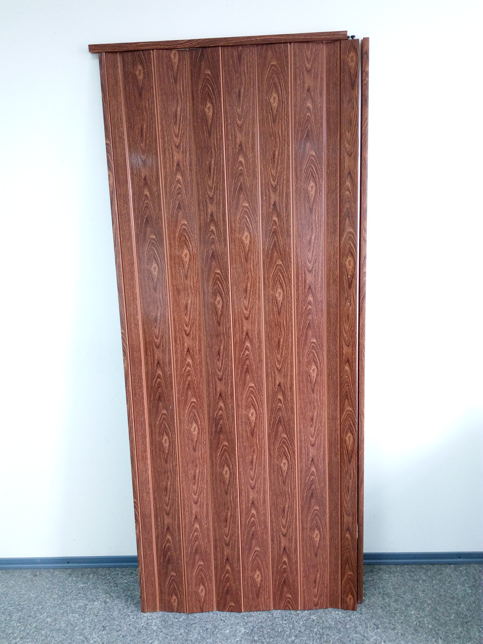 Дверь гармошка межкомнатная глухая, черешня 7107, 810*2030*6 мм