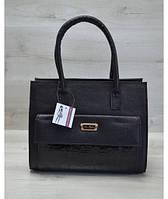 Женская сумка с накладным карманом лаковый черный