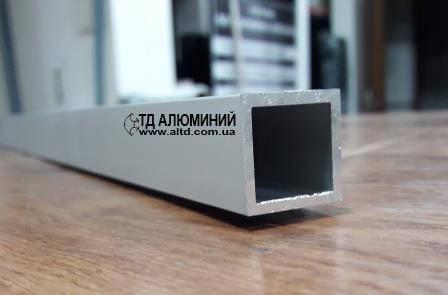 Алюминиевая профильная труба 25x25 x2 / анод