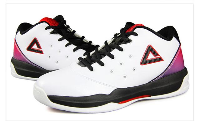 Баскетбольные кроссовки Peak