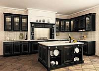 элитная кухня из дерева с витражами фото 12