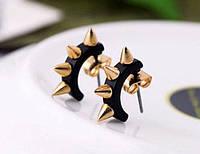 Серьга Полу-кольцо Чёрное С Шипами Малыми (1 шт)