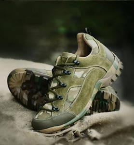Тактические кроссовки и ботинки