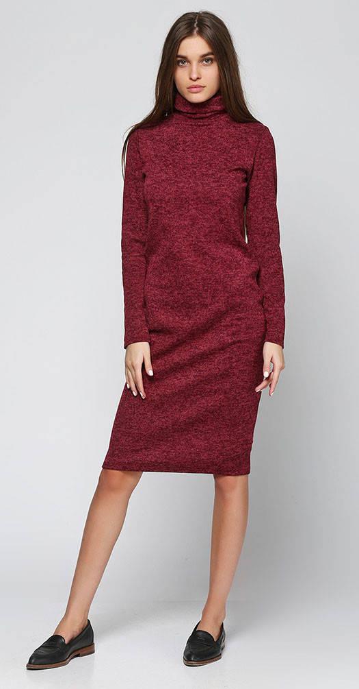 Платье под горло бордовое