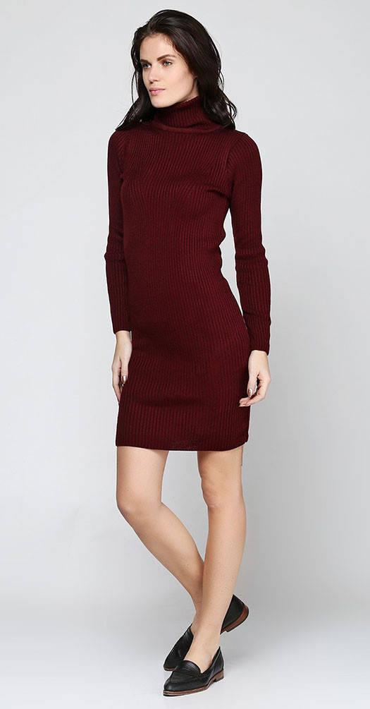 Платье мелкой вязки бордовое