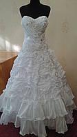 Необычное белое свадебное платье, размер 44-50 (б/у)