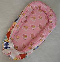 """Кокон-гнездышко для новорожденного с ортопедическим матрасом """"Мишки"""" розовые"""