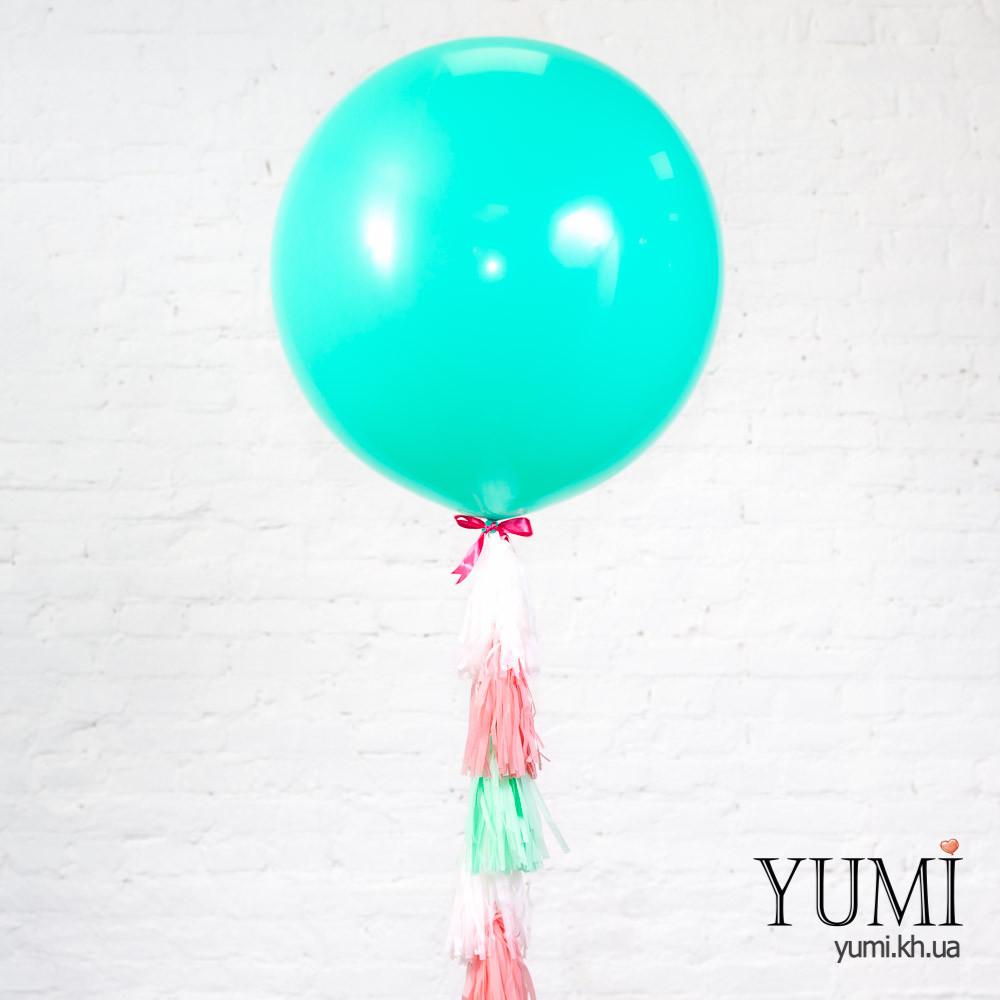 Стильный гелиевый шар с гирляндой тассел на праздник