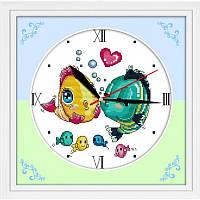 """Часы """"Поцелуй рыбок"""" 31х31см"""
