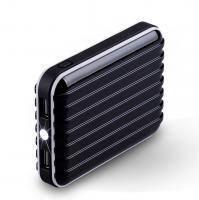 Черный внешний аккумулятор MOMAX iPower GO 8400mAh