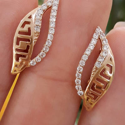 Серьги из красного золота с цирконием