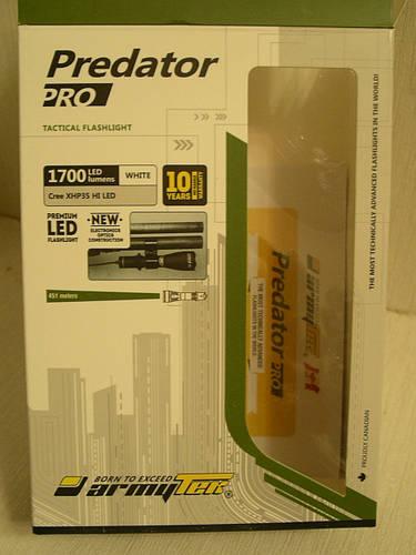 Фонарь Armytek Predator Pro v3 XHP35 HI (белый свет)