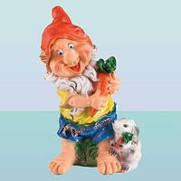 Садовая фигура, скульптура для сада Гном с зайцем (Ср)