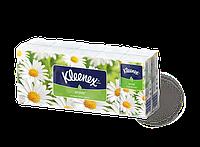 Носовые платочки Kleenex Ромашка двухслойные 10 шт х 10 пачек