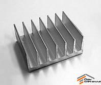 Радиаторный профиль алюминиевый 79х35мм без покрытия