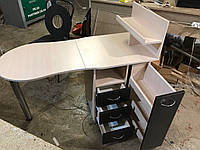 Стол для мастера маникюра