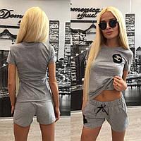 """Женский стильный костюм """"Chanel"""" с брошкой: футболка,шорты + (Большие размеры)"""
