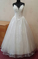 Необычное свадебное платье цвета ivory, размер 44-48 (б/у)