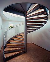 Деревянная винтовая лестница из бука