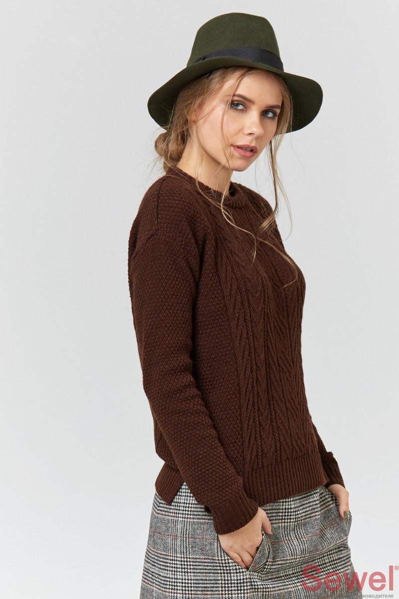 Теплый женский джемпер свитер