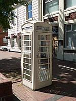 Белая телефонная будка из мдф
