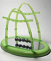 Шары Ньютона зеленые 22х18,5х13 см - видеообзор, удивительная конструкция- колыбель Ньютона