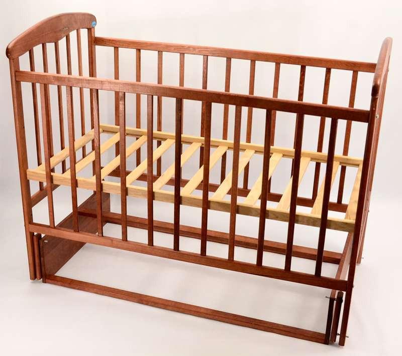 Гр -Кроватка деревянная маятник