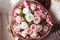 Подарок для любимой женщины - Букет из игрушек Комплимент