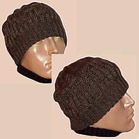 Вязаная мужская  шапка коричневого цвета спортивного силуэта