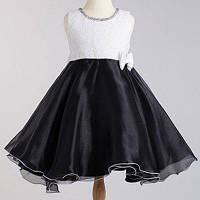 Нарядное черно-белое платье без рукавов с кружевным лифом и многослойной атласной юбкой для девочки 100