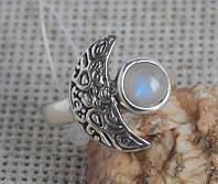 Серебряное кольцо 19 размера с лунным камнем. Кольца с полудрагоценными камнями
