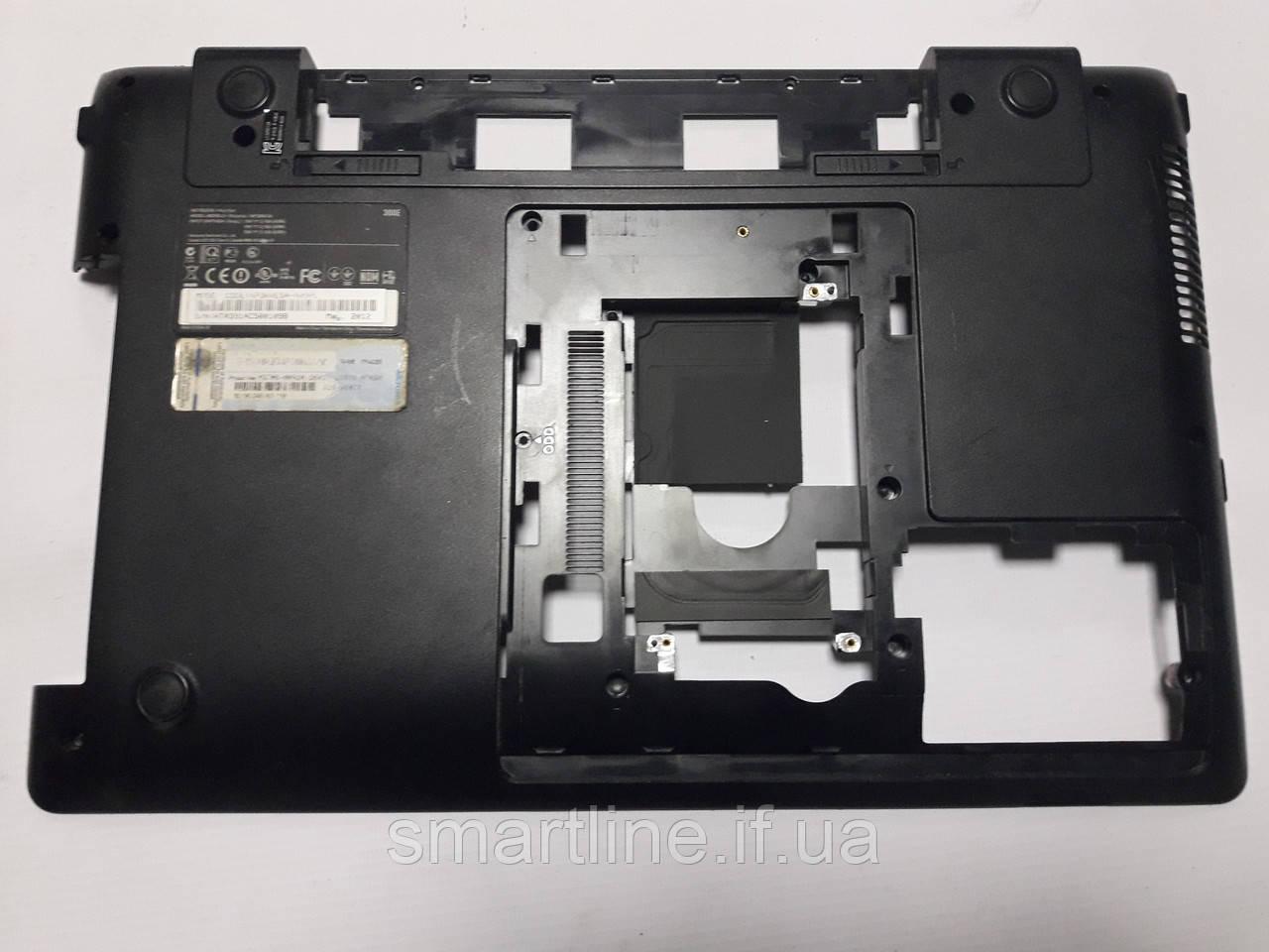 Нижня частина корпусу для ноутбука Samsung 300E5