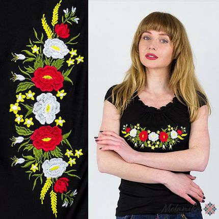 Праздничная вышитая женская футболка в черном цвете «рюшками с колокольчиками» S, фото 2