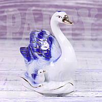 Статуэтка Лебедь с птенцом