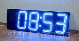 Цифровые синие яркие часы